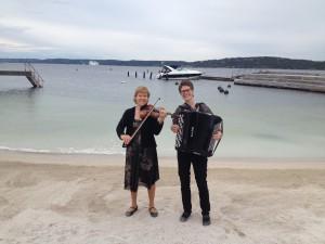 bryllup, utebryllup, konsert, taffel, fiolin og trekkspill, tangoer, konsert, Østlandet, Vestfold, Oslo, julebord