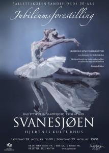 Vestfold symfoniorkester og Ballettskolen i Sandefjord framfører Svanesjoen i helga